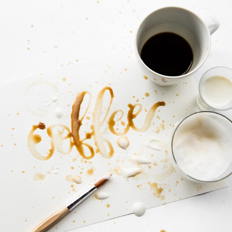coffee - Lettering mit Kaffee