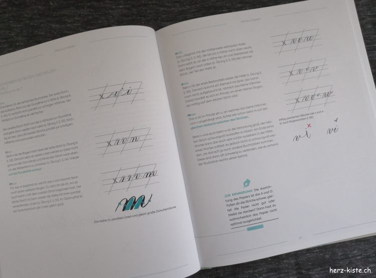 Einblick ins Buch Moderne Kalligrafie von A bis Z - Weissräume