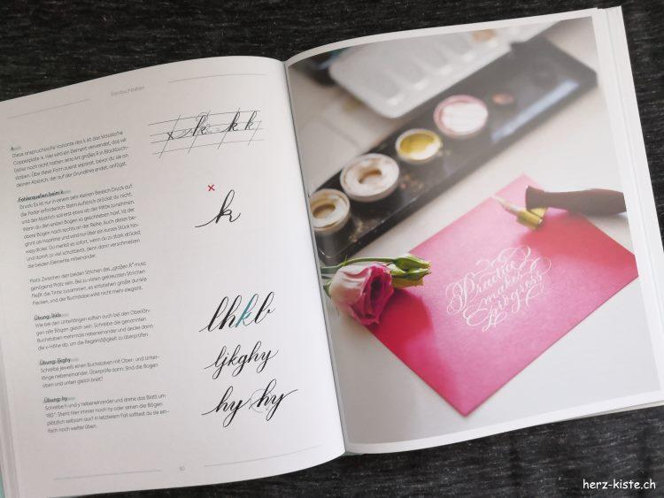 Einblick ins Buch Moderne Kalligrafie von A bis Z
