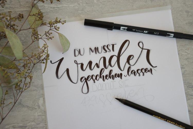Handlettering Skizze Wunder