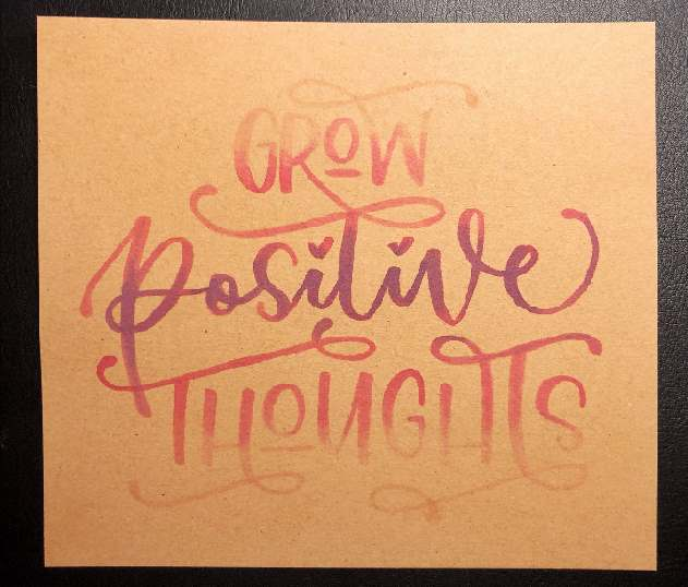 grow positive thoughts - Handlettering auf Kraftpapier