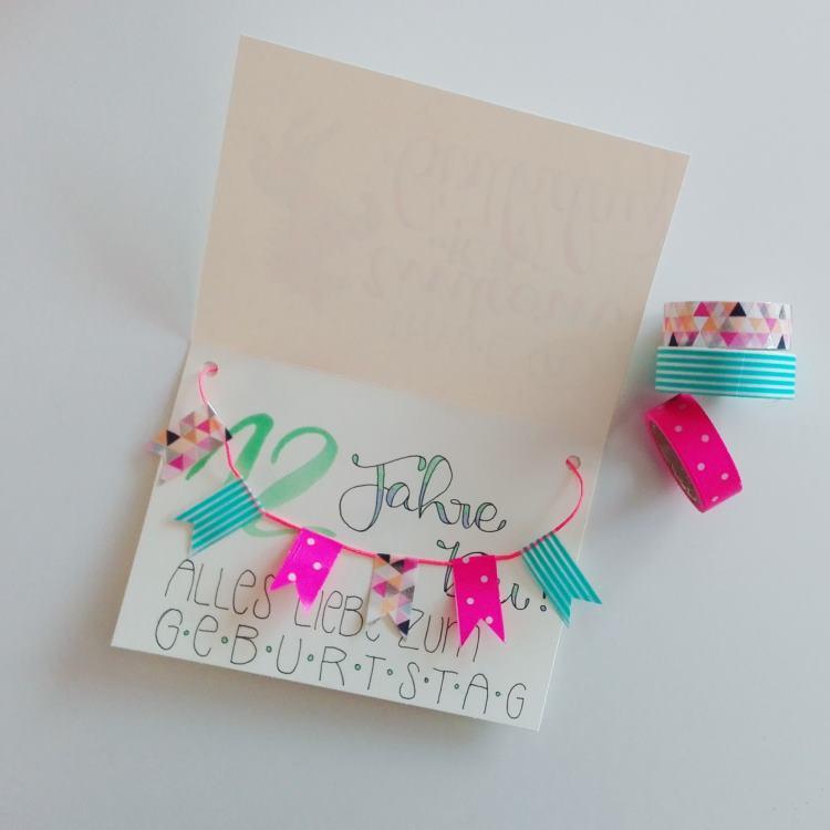 Geburtstagskarte mit Wimpeln und Handlettering - individuelle Freude schenken