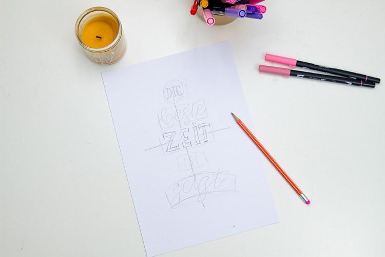 Skizze von einem Lettering Spruch - so gestaltest du dein Handlettering in einer schönen Komposition