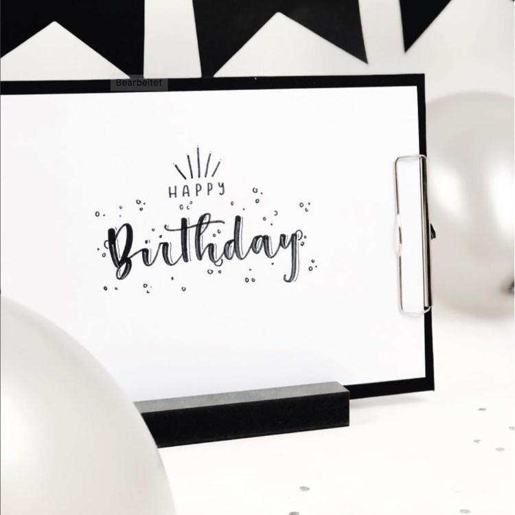 Happy Birthday - wirkungsvolles schwarzes Lettering