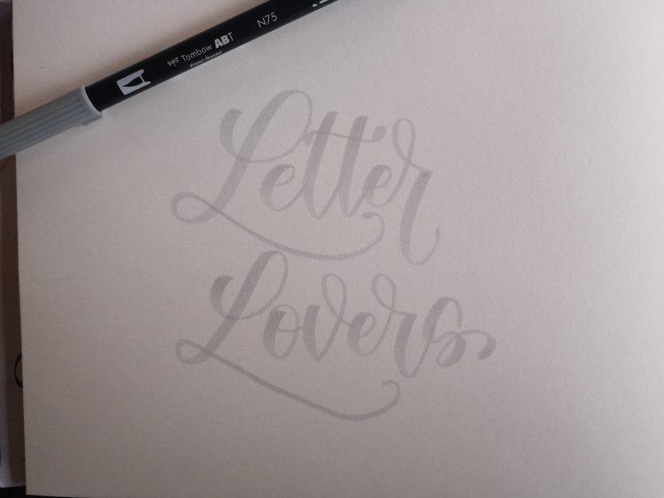 Letter Lovers - vorschreiben mit einem hellen Brushpen