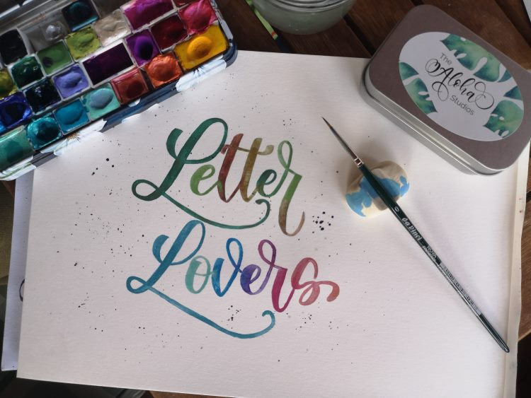 Letter Lovers - buntes Handlettering mit Watercolor Glitzerfarben