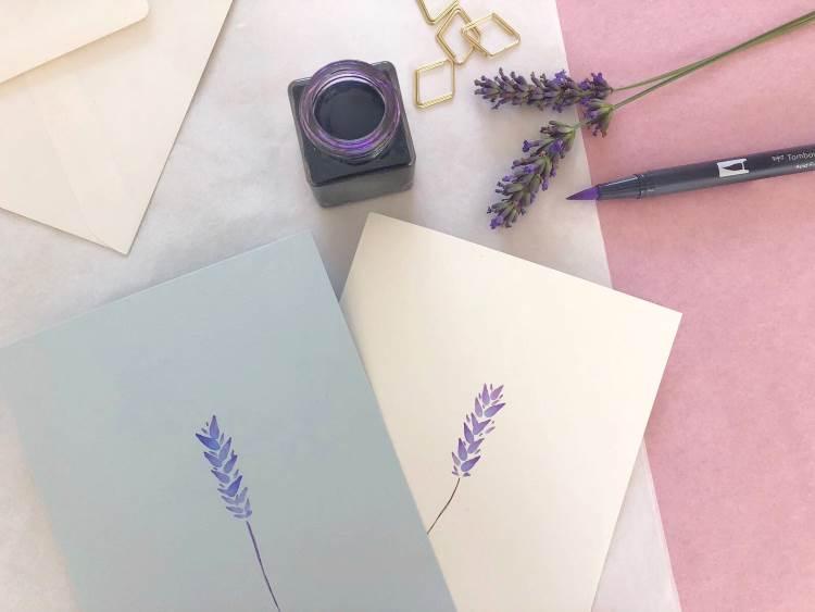 Lavendel gemalt auf einer Karte