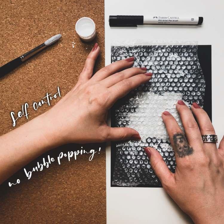 Noppenfolie als Hintergrund für ein Lettering benutzen