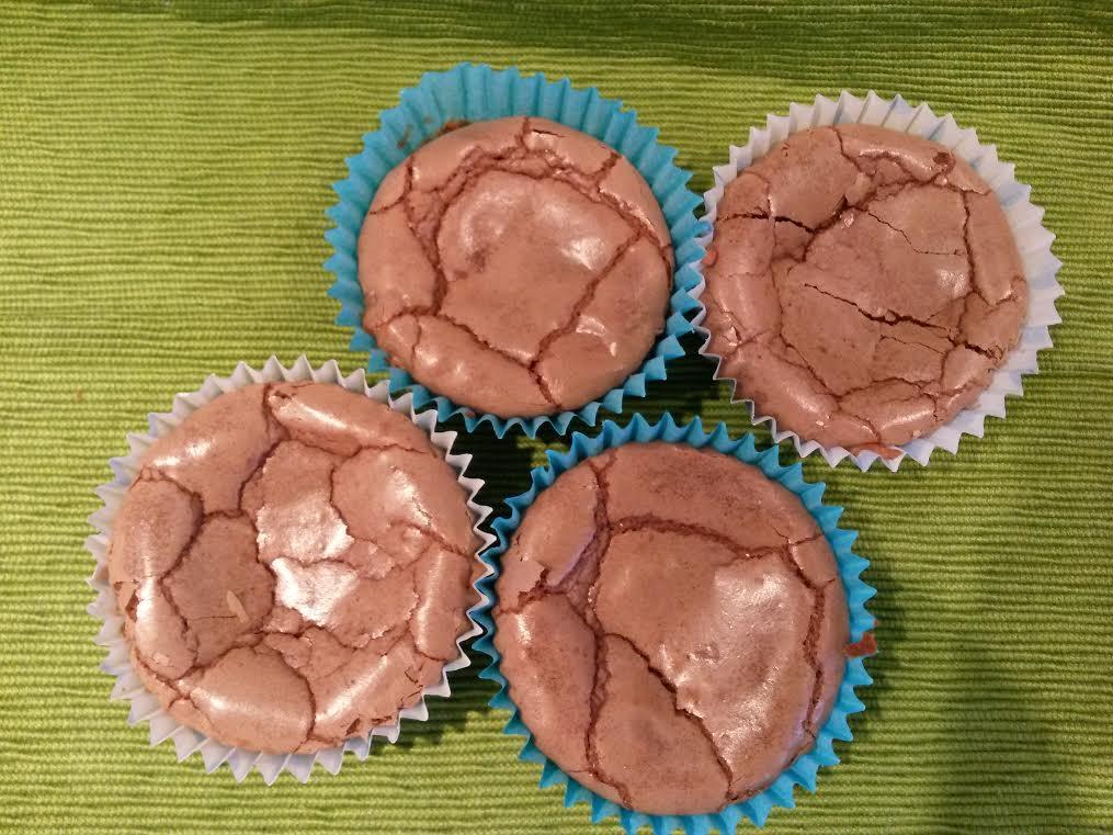 Schoggi Muffins mit flüssigem Kern