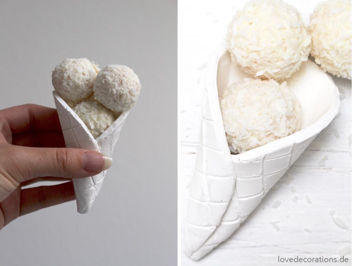 selbstgemachte Eiswaffel aus Fimo als Geschenkidee