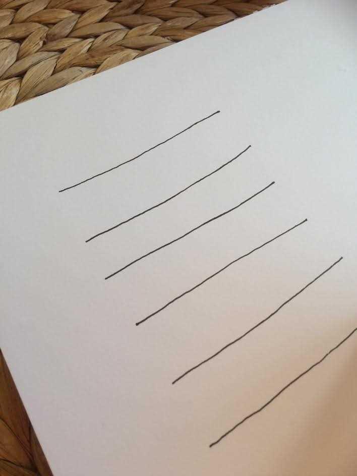 Linien als erster Schritt für einen gemalten Banner