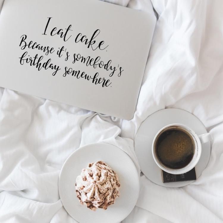 Handlettering mit Kaffee und Kuchen