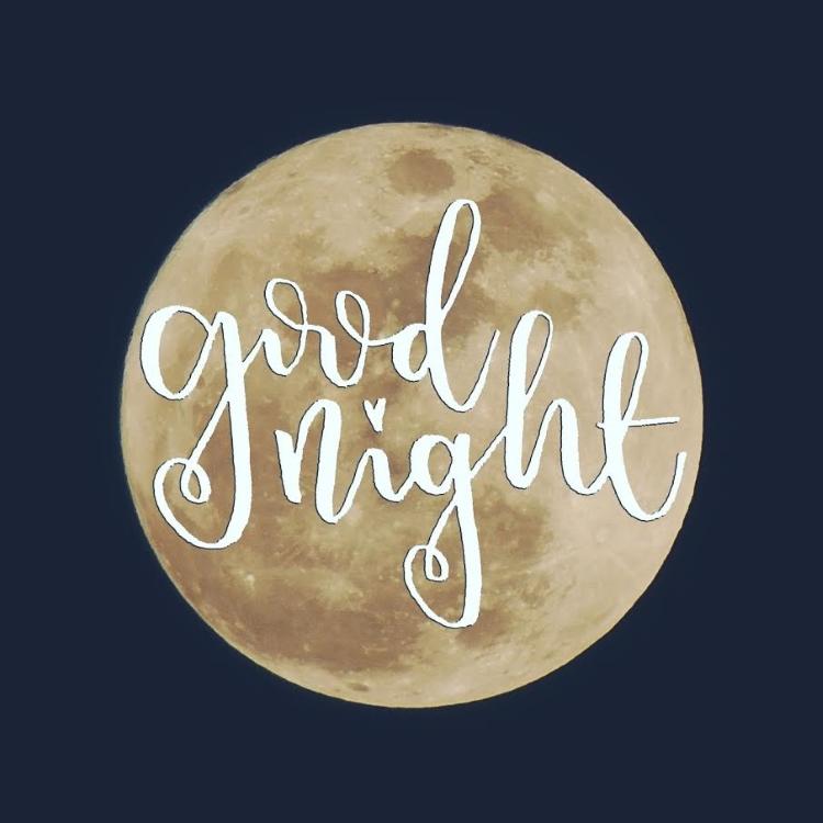 good night - Handlettering auf einem Bild vom Mond