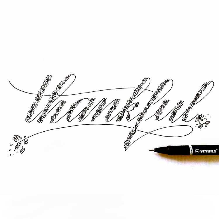 thankful - Handlettering in Faux Calligraphy mit Blumen