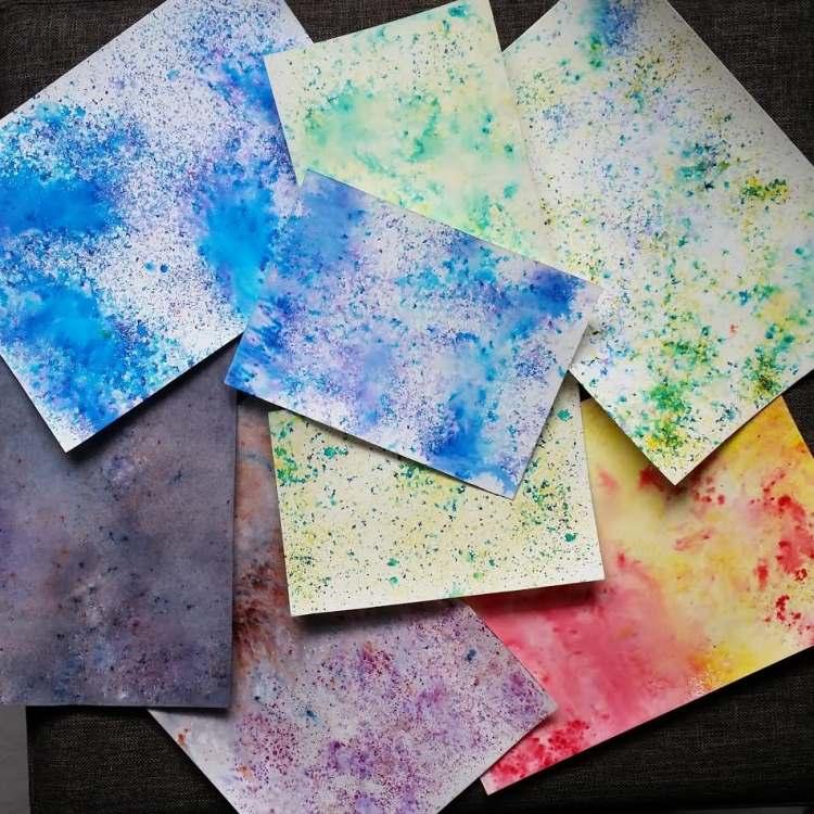 verschiedene farbige Hintergründe mit Brushos gestaltet für Letterings