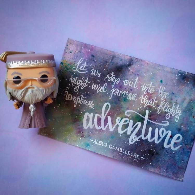 adventure - Handlettering mit Galaxy Hintergrund