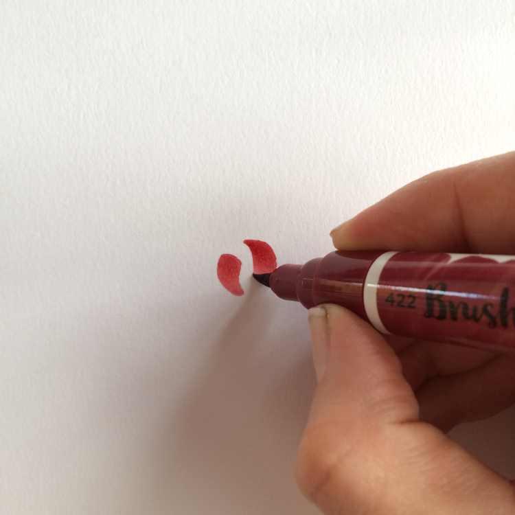 erste Schritte um eine Rose mit einem Brushpen zu malen