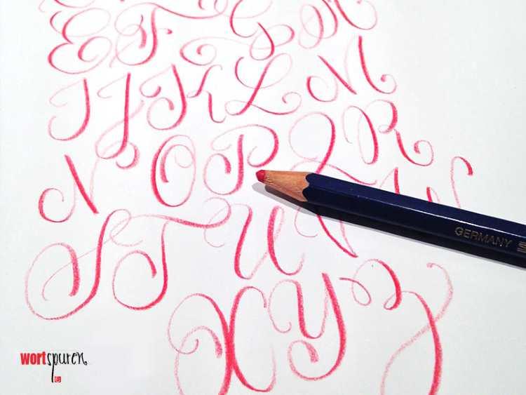 Handlettering Buchstaben Skizzen mit Buntstift