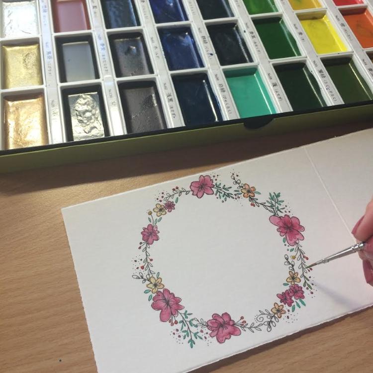 Blumenkranz mit Finelinern vorgezeichnet ausmalen mit Aquarellfarben