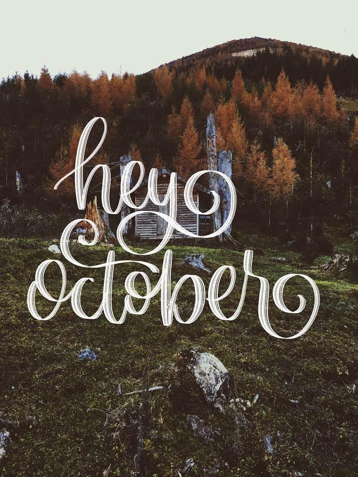 Handlettering auf einem Herbstbild - hey october