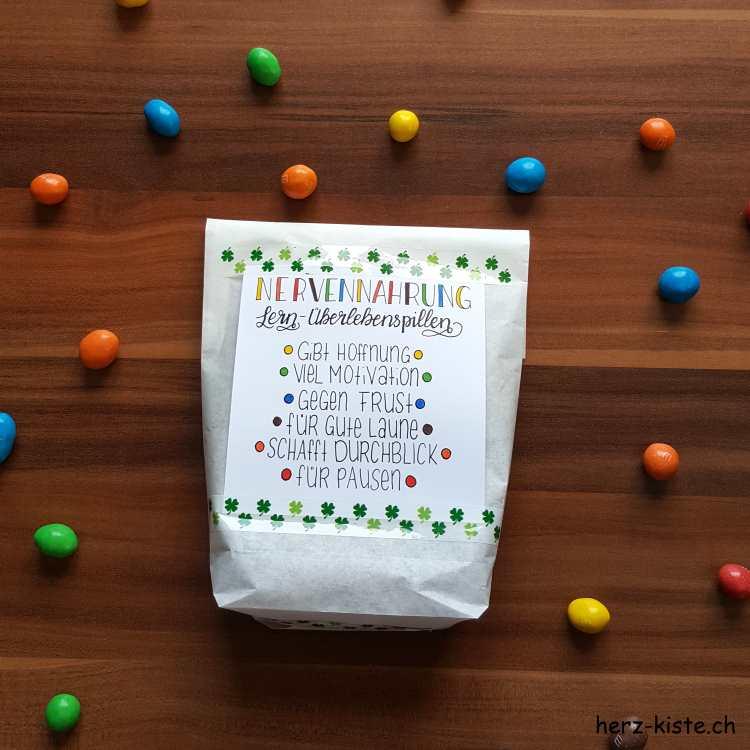 Nervennahrung: Lern-Überlebenspillen als Geschenk für die Prüfung