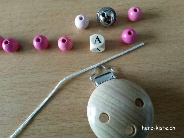 Material für eine selbstgemachte Nuggikette