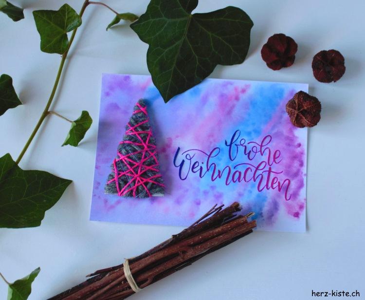 frohe Weihnachten - Weihnachtskarte mit Tannenbaum aus Wollresten