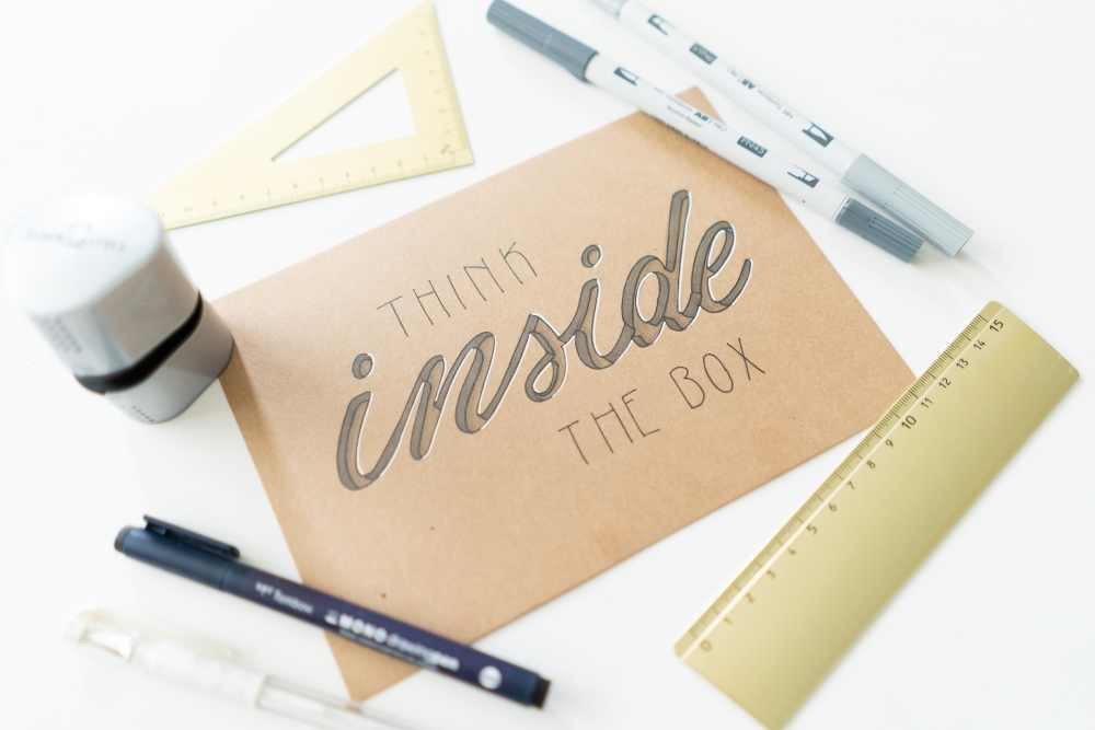 think inside the box - handlettering mit 3D Effekt - einfache Schritt für Schritt Anleitung