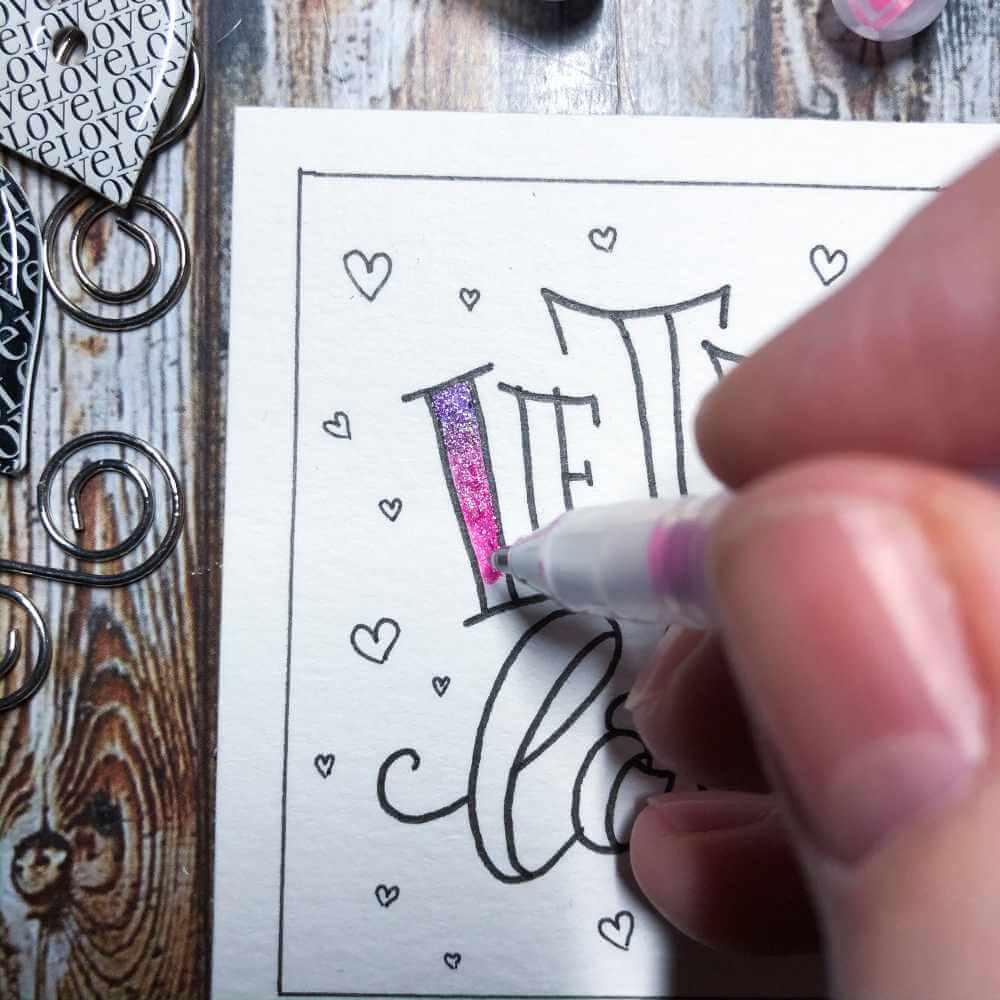 Buchstaben ausmalen der Faux Calligraphy