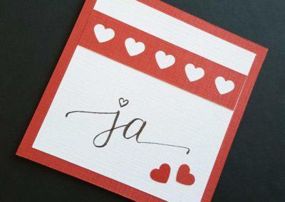 ja - selbstgemachte Karte mit Lettering zur Hochzeit