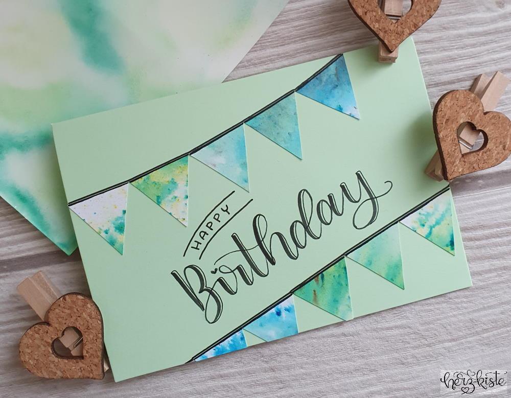 Happy Birthday - Brush Lettering Geburtstagskarte mit Wimpel im Watercolor Stil