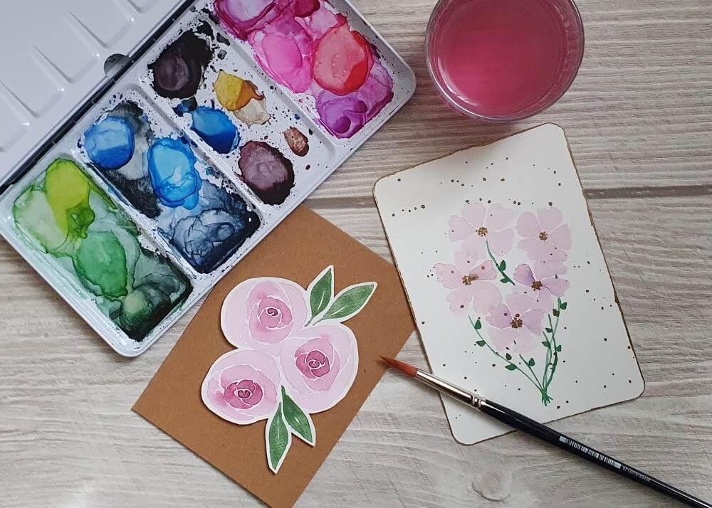 einfache aber wirkungsvolle Aquarell Blumen und Rosen gemalt auf Karten